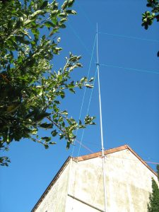 vertical antenna the 15 M Higth realisation home made